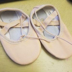 Toddler girl cream leather ballerina shoes